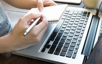 SEO-копирайтинг это это создание контента, который нацелен на конкретные ключевые слова